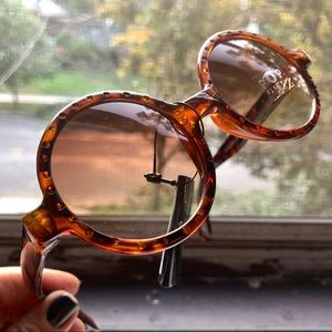 NEW Big Round Tortoise Sunglasses